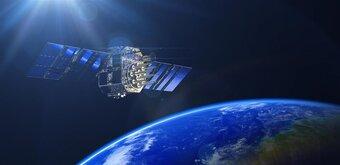 Eutelsat compare son offre 100 Mb/s à de la « fibre » par satellite, 200 Mb/s attendus en... 2025