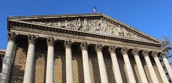 La proposition de loi contre les fausses informations suscite l'appétit des députés