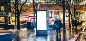 Loi Énergie : pas d'interdiction des panneaux publicitaires numériques