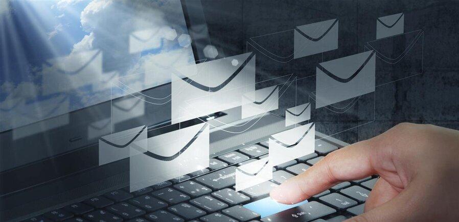 grands premiers e-mails en ligne datant