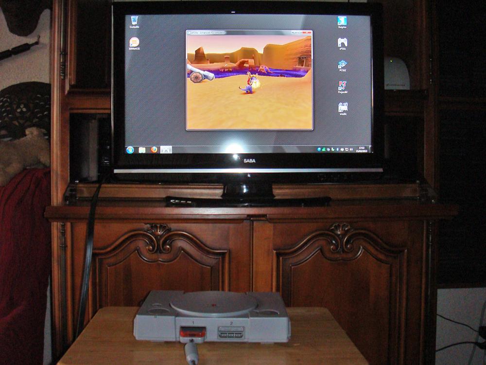 Forum PCi] Une PlayStation transformée en PC grâce au NUC d'Intel