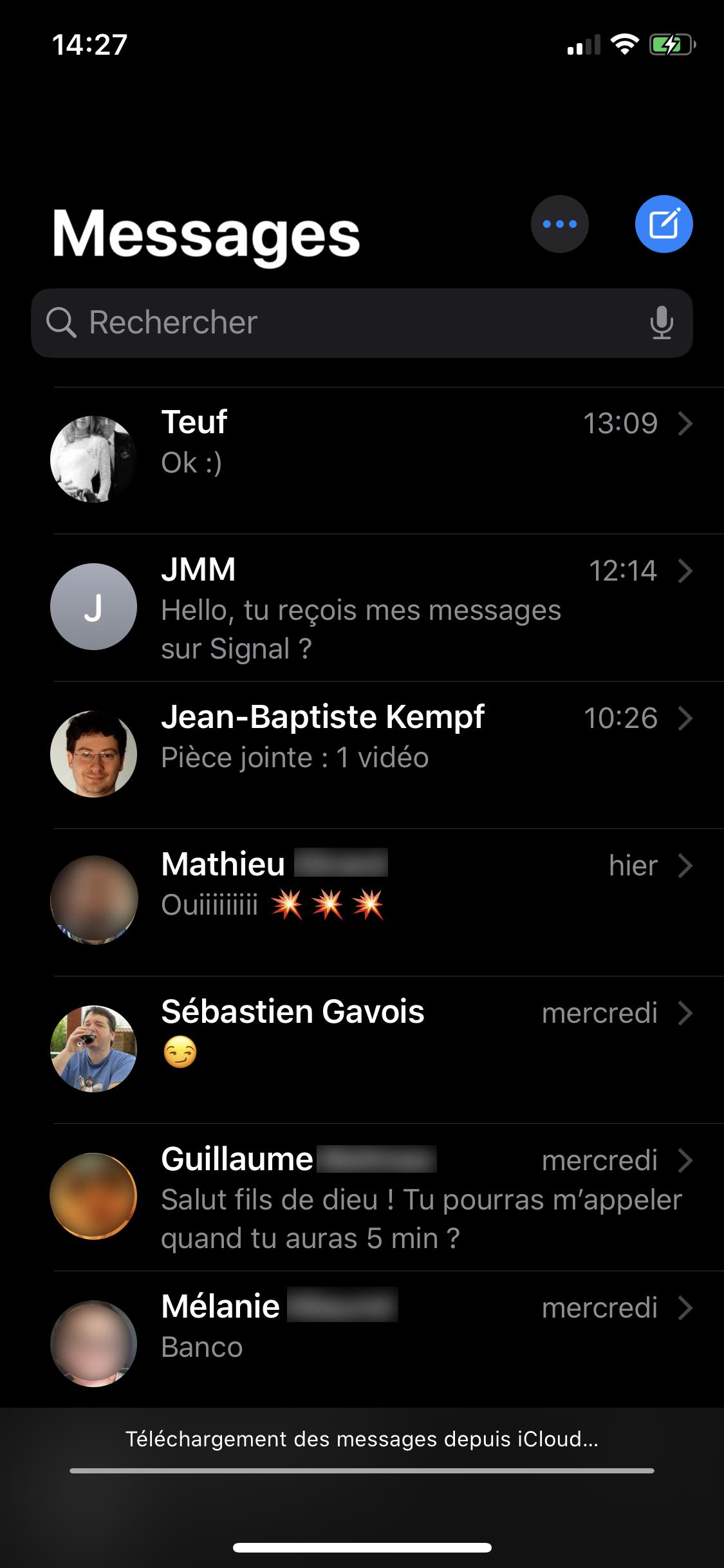 iOS 13 thème sombre