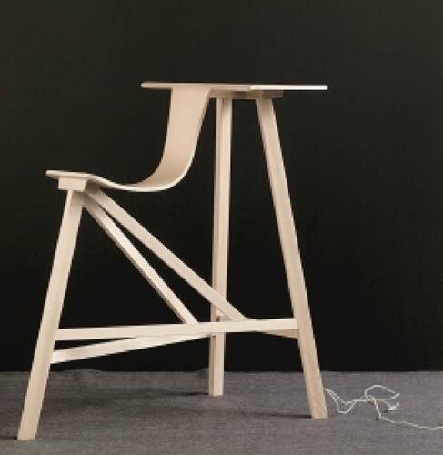 mi si ge mi bureau il est tout en bois for geek only. Black Bedroom Furniture Sets. Home Design Ideas