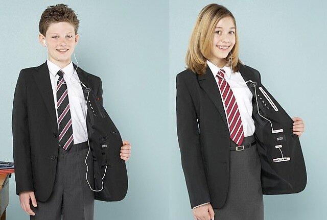 les l ves anglais ont d sormais leur uniforme pour ipod. Black Bedroom Furniture Sets. Home Design Ideas