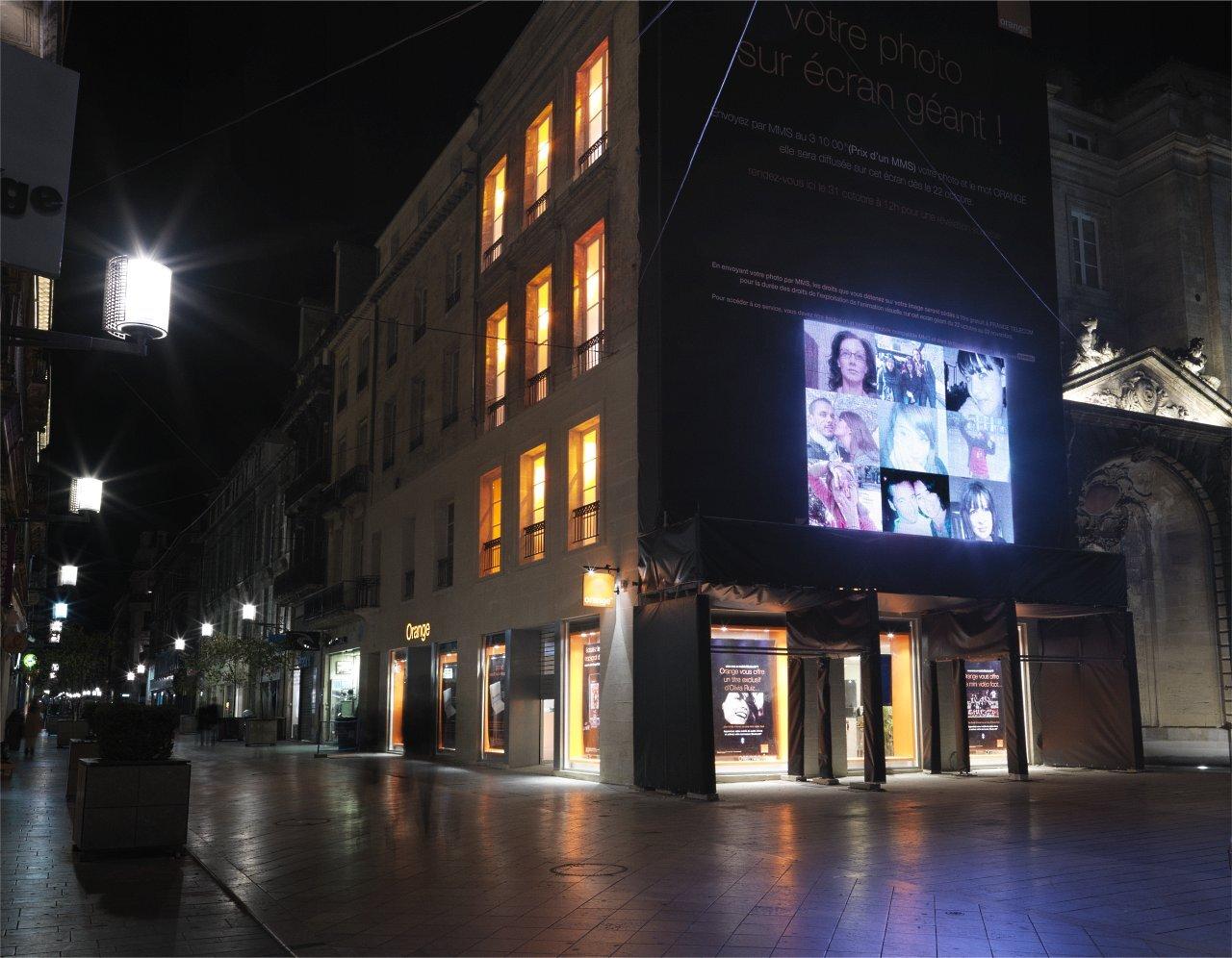 boutique orange rue sainte catherine bordeaux. Black Bedroom Furniture Sets. Home Design Ideas