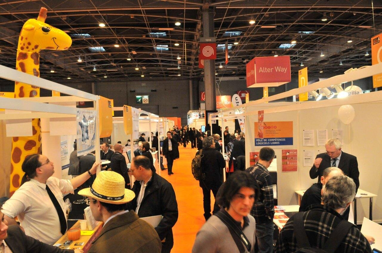 Visite du salon solutions linux 2010 en photos for Salon solutions