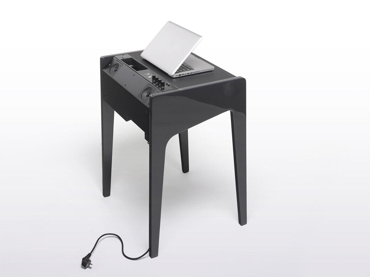 ld 120 une table dock hi fi haut de gamme pour portable. Black Bedroom Furniture Sets. Home Design Ideas