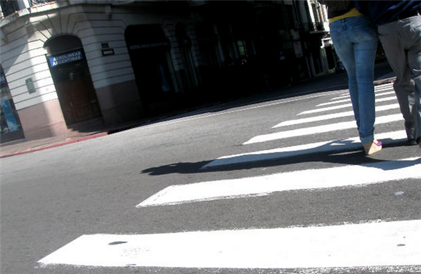 passage piéton rue