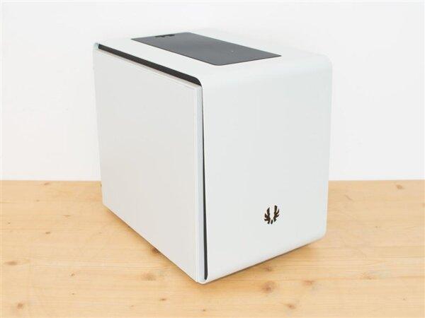 BitFenix Phenom Mini-ITX