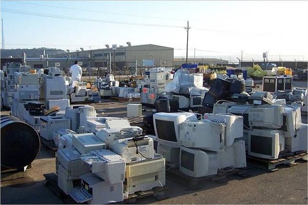 déchets électroniques DEEE