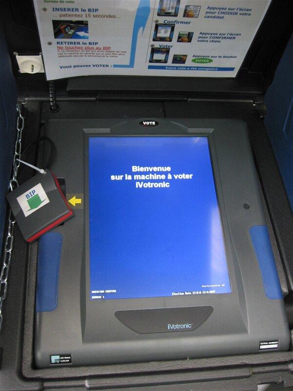 ivotronic vote électronique machine