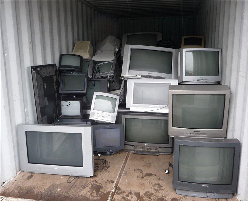 télévisions cassées tv