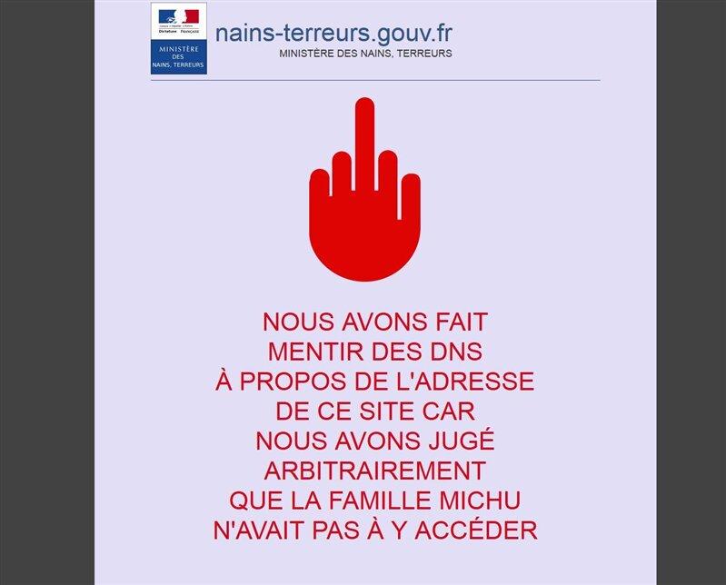 blocage main rouge doigt d'honneur