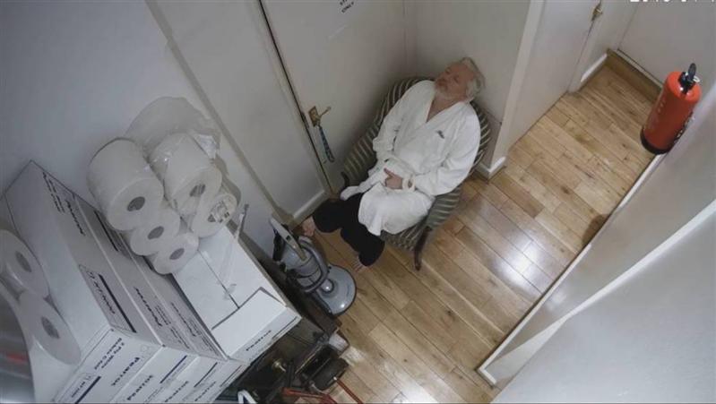 Assange WikiLeaks Undercover