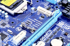 Gigabyte Z68XP-UD3-iSSD mSATA Intel Z68 Smart Resp