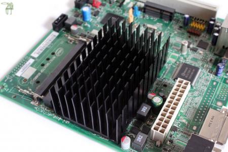 L'Atom D2700 d'Intel comparé à un E-350 de la famille ...