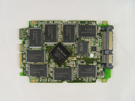 SSD Vertex 4 128 Go Tweaktown