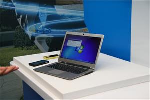 Intel Day 1 IDF Wireless Charging