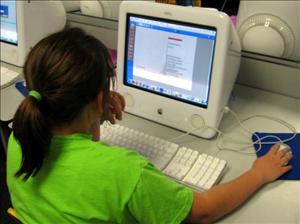 enfant ordinateur morguefile