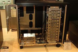 Lian-Li d7000 Eteknix
