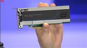 Intel SSD DC P7300 Computex 2014