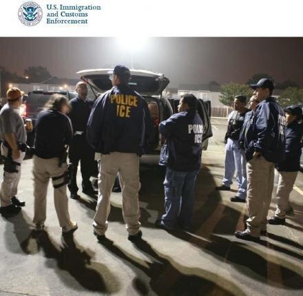police ICE douane fouille fichiers ordinateurs