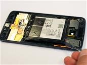 Motorola s'associe à iFixit pour vendre des kits de réparation pour smartphones