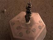 InSight : sur Mars, le sismomètre SEIS va enfin pouvoir commencer sa mission