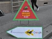 En mode Robin des bois, Attac mène une action pour « prélever à la source » Google
