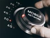« La 5G c'est parti » (ou pas) : enchères au printemps, les opérateurs impatients