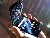 Motorola dévoile son Razr pliable à 1 500 dollars, disponible en janvier