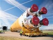Space Launch System (SLS) : le premier étage sort de son usine, la NASA publie une photo