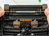 Comment sont réparées les fibres optiques coupées ou vandalisées