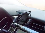 Amazon Echo Auto (avec Alexa) est disponible en France, pour 59,99 euros