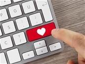 Saint Valentin : Facebook et Google misent sur Messenger et Assistant