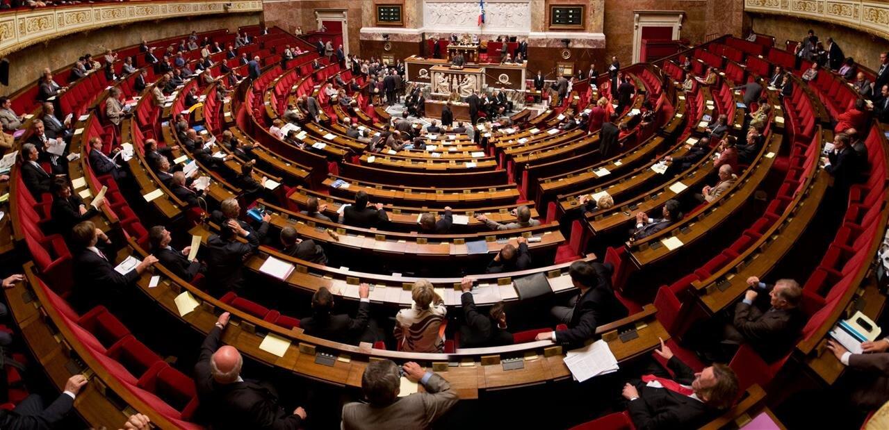 À l'Assemblée, nouvelles propositions de « charte du numérique »
