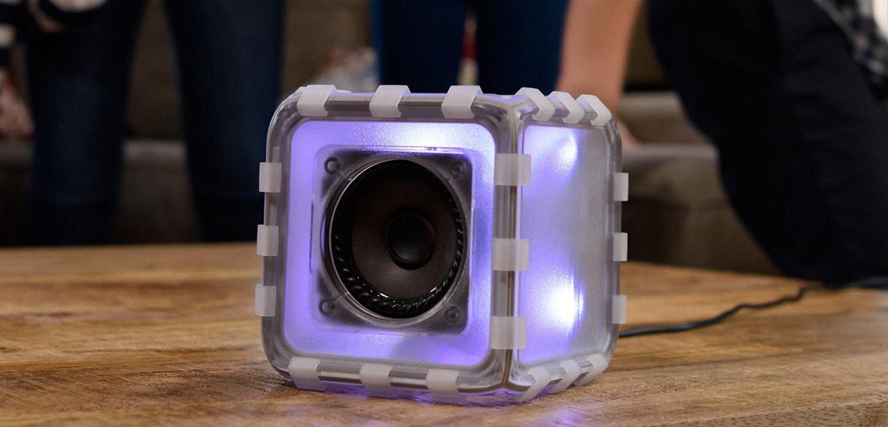 bose lance le speaker cube une enceinte bluetooth. Black Bedroom Furniture Sets. Home Design Ideas