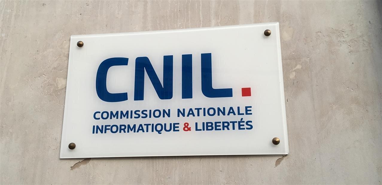 La CNIL réexplique le consentement libre et explicite dans deux mises en demeure
