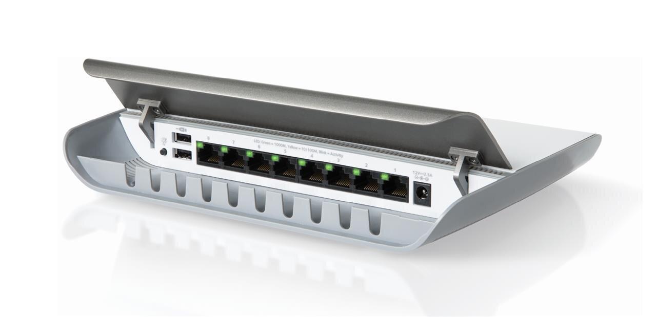 GS908(E) : deux switch avec « cable management » chez Netgear