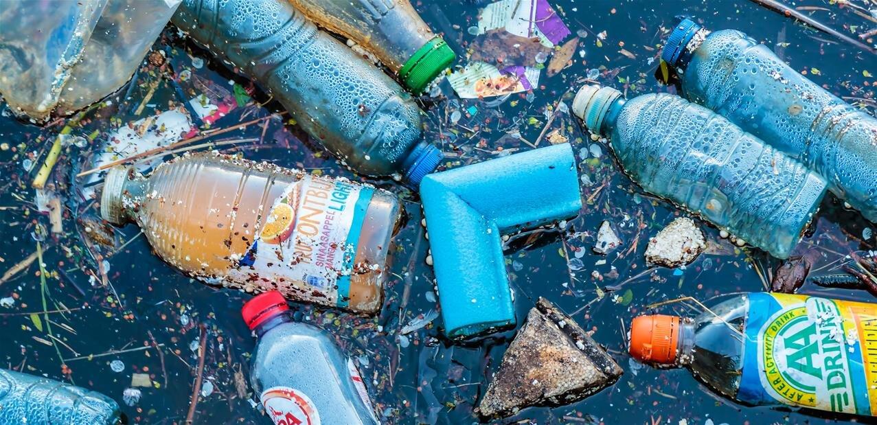 Déchets plastiques en mer : l'ESA veut connaître l'ampleur des dégâts grâce aux satellites