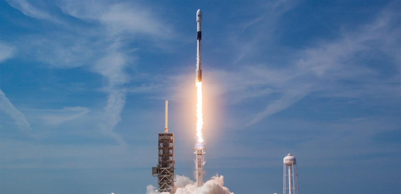 Falcon 9 Block 5 : lancement réussi, SpaceX va produire 30/40 fusées pour 300 missions sur 5 ans