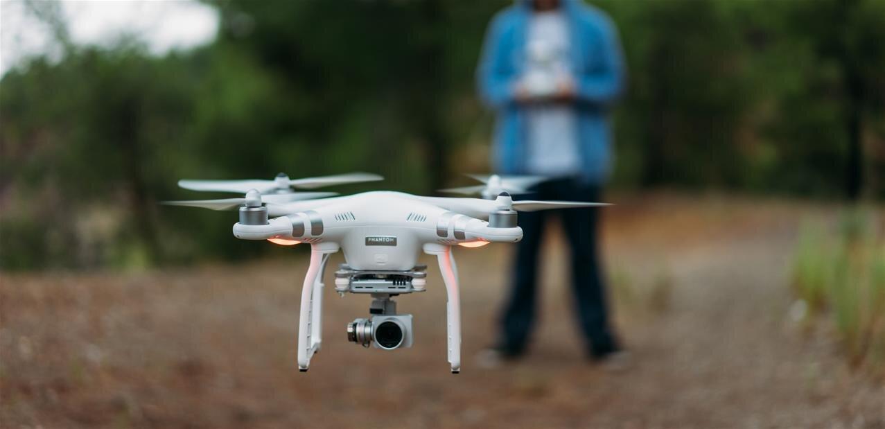 Au Journal officiel, enregistrement obligatoire des drones d'au moins 800 grammes