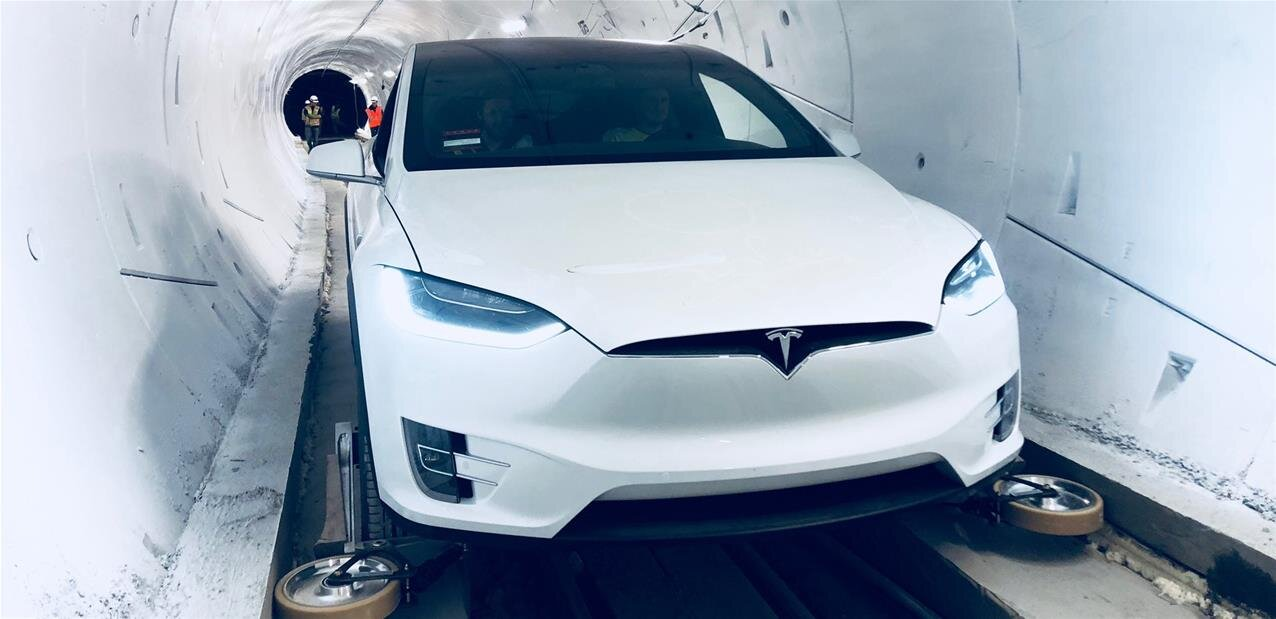 Boring Company : Elon Musk inaugure son premier tunnel à Los Angeles, avec des Tesla Model X