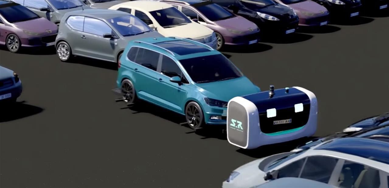 À l'aéroport de Lyon, 2 000 places de parking accessibles aux robots-voituriers de Stanley Robotics