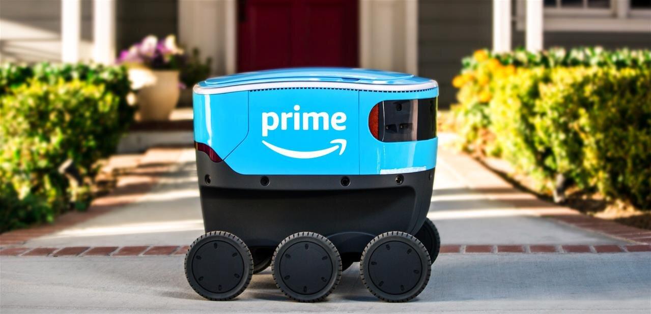 Amazon déploie six robots autonomes Scout pour livrer des colis