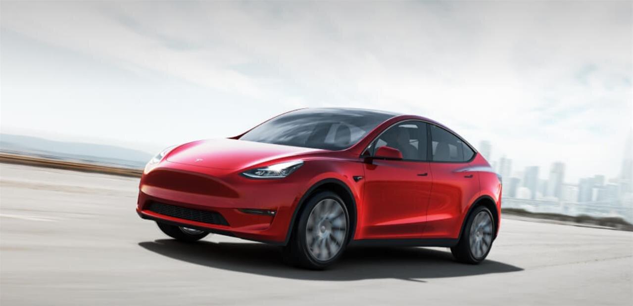 Tesla : Elon Musk tire la sonnette d'alarme sur les dépenses et veut réduire les coûts