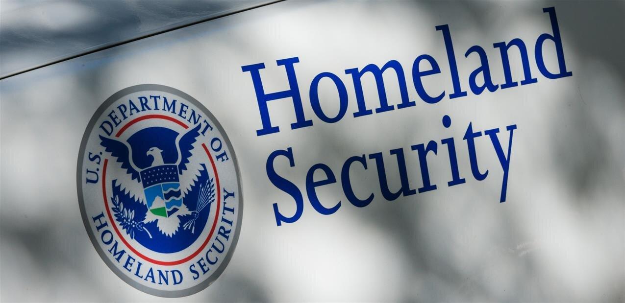 Les douanes américaines attaquées pour contrôle abusif sur un employé d'Apple