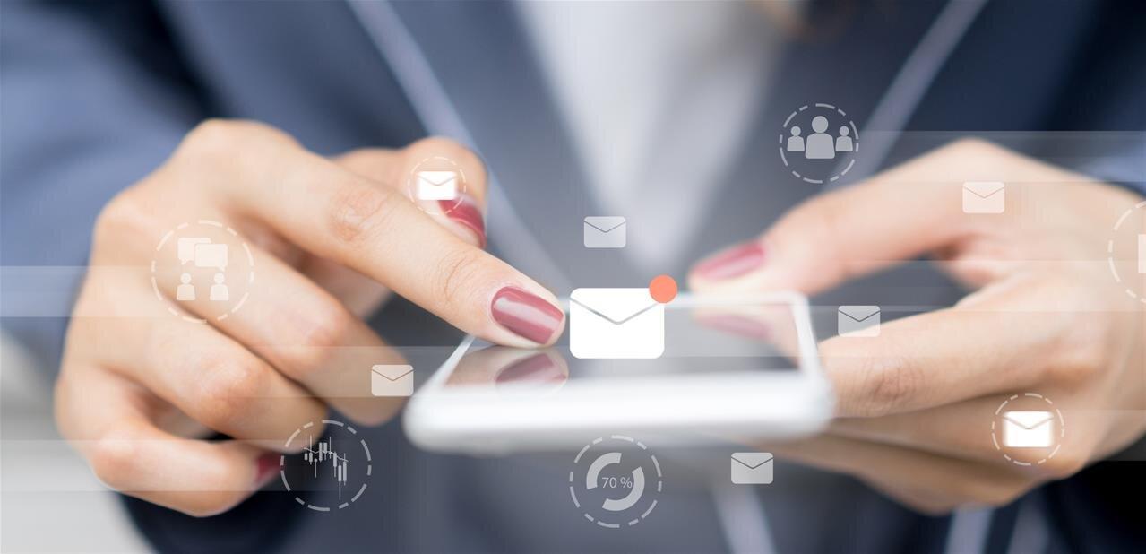 Un plongeon dans des applications emails « gratuites » et la revente des données