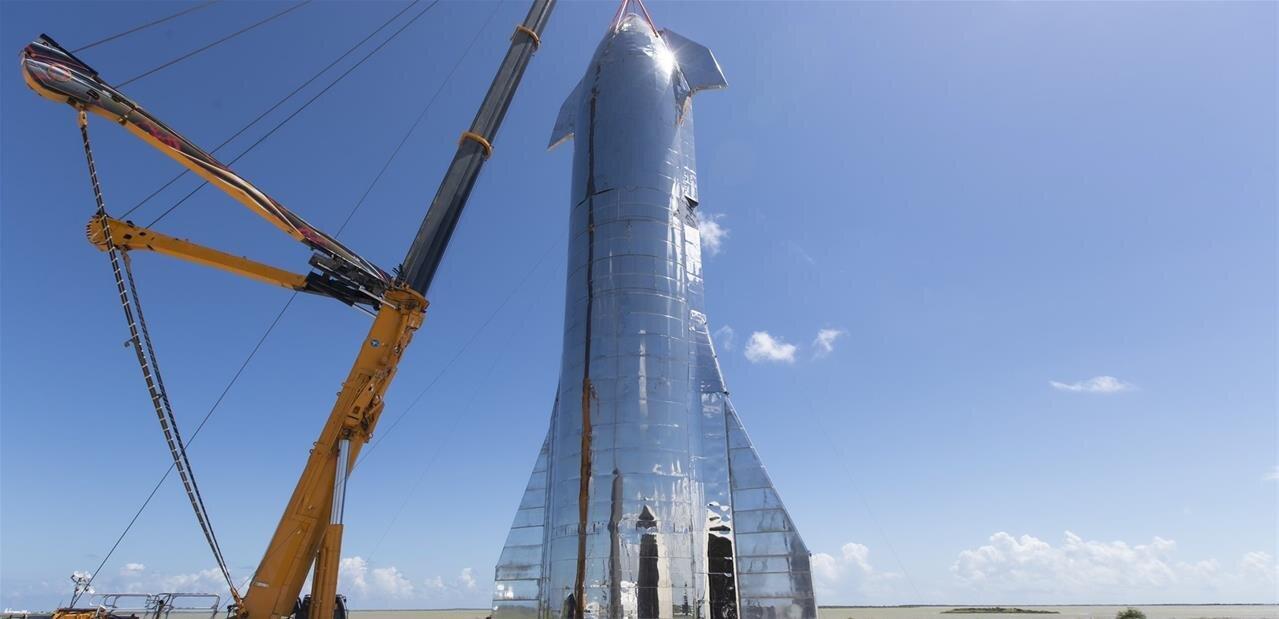 SpaceX dévoile le prototype de Starship, qui « va nous permettre d'habiter d'autres mondes »