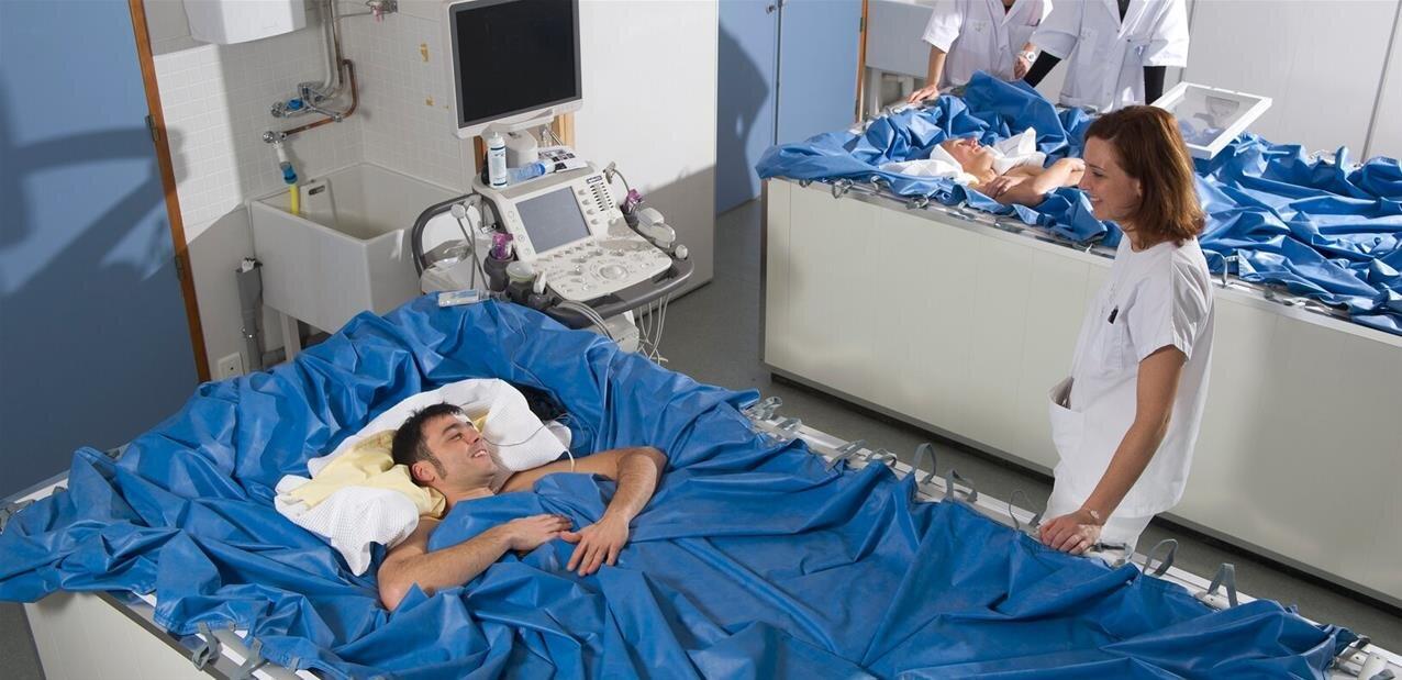 Humains dans l'espace : l'ESA renforce ses recherches avec des « lits d'immersion sèche »